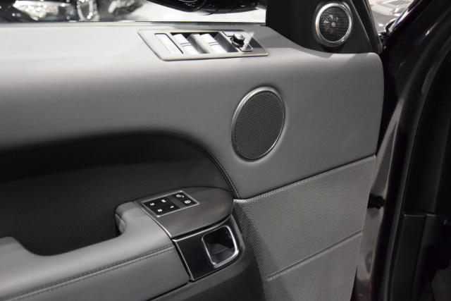 Land Rover Range Rover Sport 3.0 TDV6 BLACK EDITION * DYNAMIC * CAMERA * LED