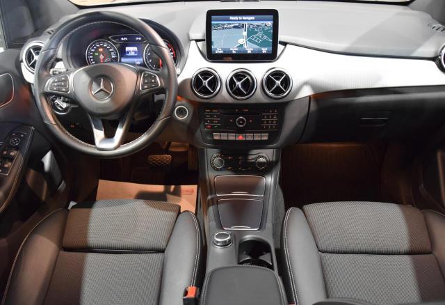 Mercedes-Benz B 180 I * SPORTPACKET * NAVI * SPORTZETELS * LED * TEL